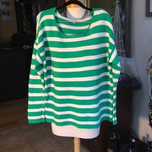 GAP green & white cable sweater